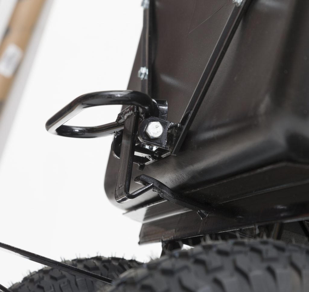 yard and garden cart lift handle